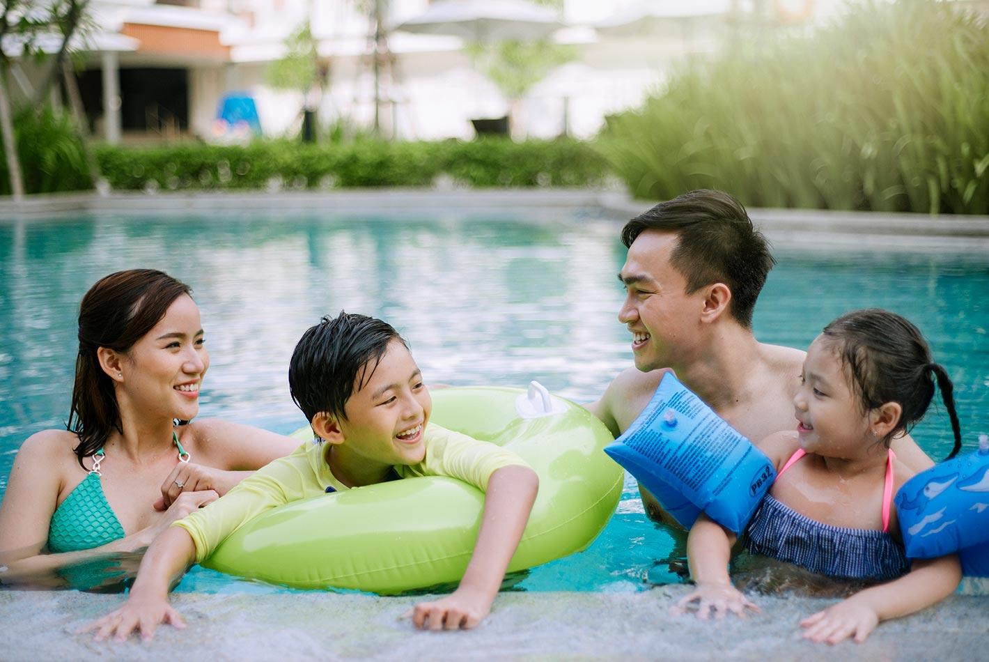 Hồ bơi trẻ em và hồ bơi giải trí - Celadon Sports & Resort Club